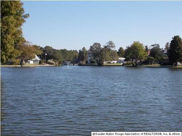12226 Lake Sherwood Ave N Baton Rouge La 70816 Realtor