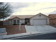 4428 Valley Oaks Dr, North Las Vegas, NV 89032