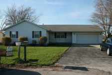 3 E Centennial Ct, Piper City, IL 60959