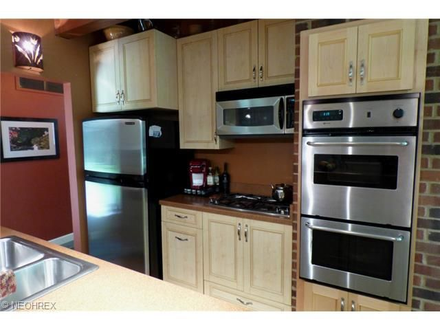 46 daisy ln chagrin falls oh 44022 for M kitchen chagrin falls