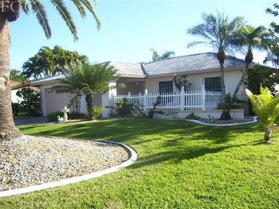5464 Beaujolaise Ln, Fort Myers, FL