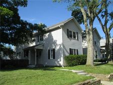 211 E Merry Ave, Bowling Green, OH 43402