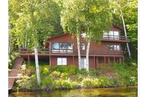 1202 Pinewood Rd, Three Lakes, WI 54562