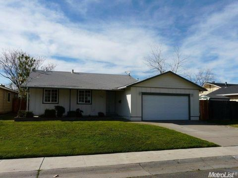 2628 Verdello Way, Rancho Cordova, CA 95670