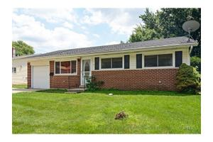 91 E Drummond Ave, Glendale Heights, IL 60139