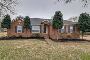 416 Hermitage Ct, Old Hickory, TN 37138