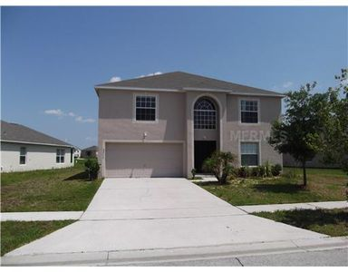2313 Walnut Canyon Dr, Kissimmee, FL