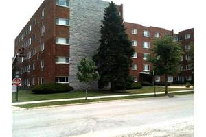 222 Madison St Unit 109, Joliet, IL 60435