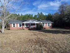211 Cuttings Loop Rd, Homerville, GA 31634