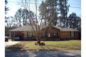 200 Curtiswood Dr, Sumter, SC 29150