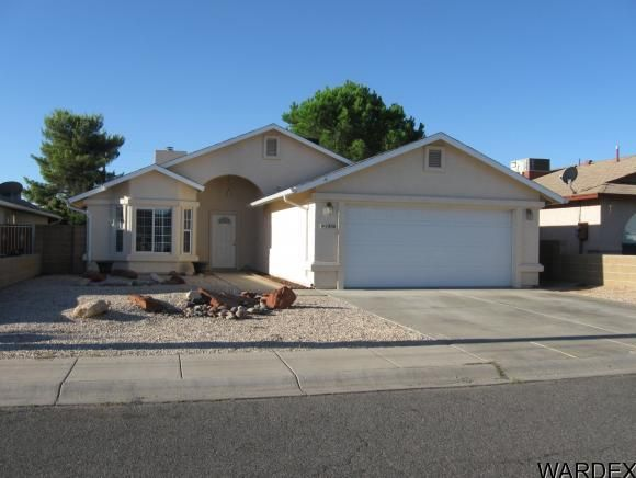 1836 Davis Ave, Kingman, AZ 86401  Home For Sale and Real Estate Listing  realtor.com®