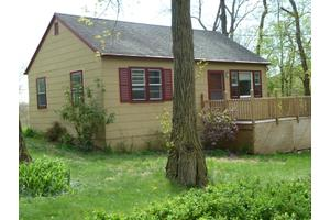 4 Pine Dr, Liberty Twp, NJ 07823