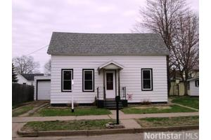 127 W Birch St, Chippewa Falls, WI 54729