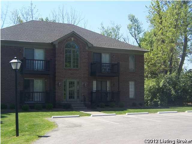186 Saint Matthews Ave Apt 4, Louisville, KY 40207