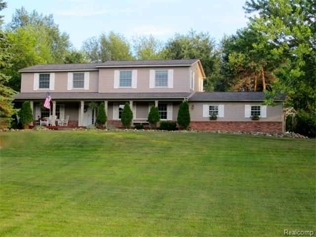 1461 middle rd highland township mi 48357 home for sale and real estate listing