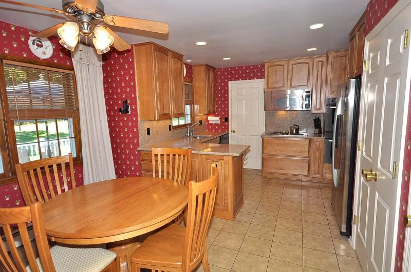 191 Old Farmers Rd, Long Valley, NJ 07853