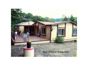 435 Burchard Dr, Scottsburg, OR