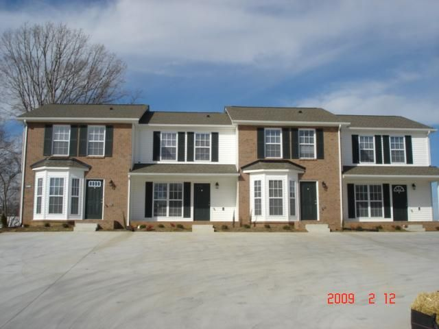 Home For Rent 1117 The Landings Townhomes Clarksville Tn 37040