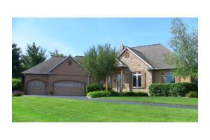 331 White Eagle Rd, Hudson, WI 54016
