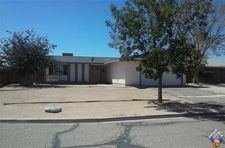 10681 Applewood Dr, California City, CA 93505
