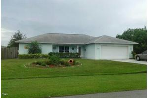 5258 NW South Lovett Cir, Port Saint Lucie, FL 34986