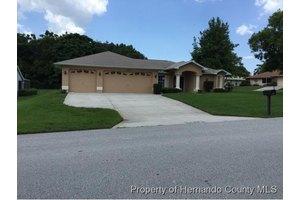 4549 Augustine Rd, Spring Hill, FL 34608