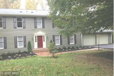 838 Leigh Mill Rd, Great Falls, VA 22066