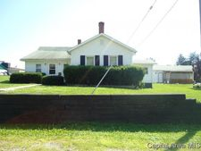 132 W Springfield St, Virginia, IL 62691