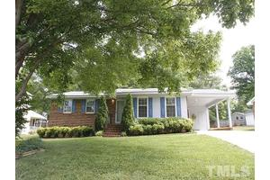 716 White Oak Dr, Cary, NC 27513