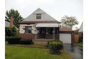 7051 Noble Ct, North College Hill, OH 45239