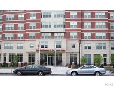 300 Mamaroneck Ave Apt 731, White Plains, NY 10605