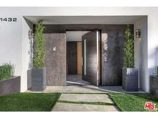 1432 Lindacrest Dr, Beverly Hills, CA 90210