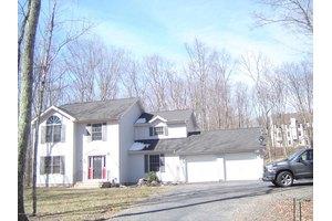 785 Dancing Ridge Rd, East Stroudsburg, PA 18302