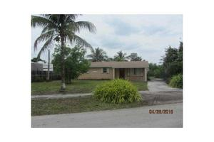 2950 NW 208th Ter, Miami Gardens, FL 33056