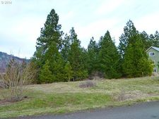 El Camino Real, White Salmon, WA 98672