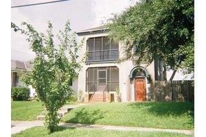 4768 Lafaye St, New Orleans, LA 70122