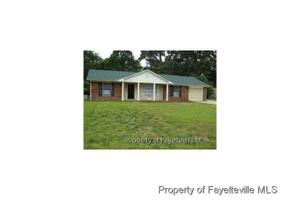 250 Old Farm Rd, Fayetteville, NC 28314