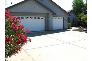4218 Ashwick Ct, Shasta Lake, CA 96019