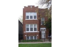 5724 S Justine St, Chicago, IL 60636