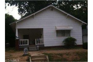 1525 NE 24th St, Winston Salem, NC 27105