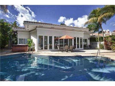5915 Pine Tree Dr, Miami Beach, FL
