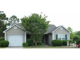 107 Laurel Oak Ct, Hampstead, NC