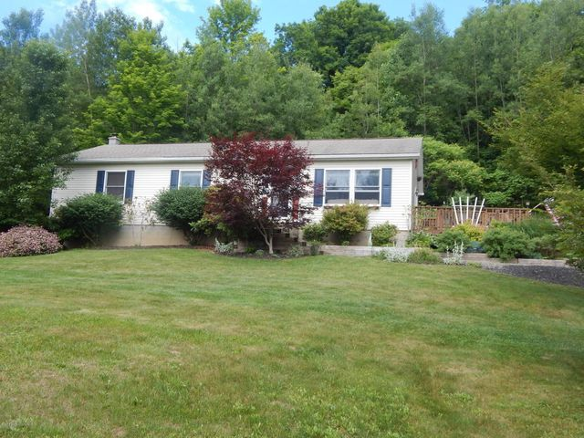 9 woods rd tunkhannock pa 18657 home for sale and real estate listing