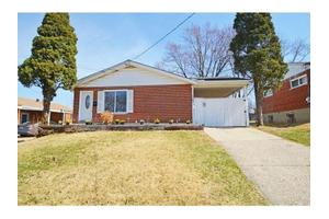 2184 Woodmere Ct, Green Twp, OH 45238