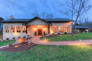 2110 Duncan Rd, Knoxville, TN 37919