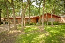600 W Pleasantview Dr, Hurst, TX 76054