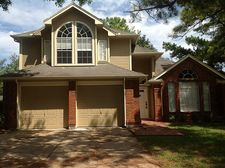 8502 Pine Falls Dr, Houston, TX 77095