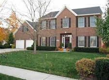 296 W Glencarry Ct, Valparaiso, IN 46385
