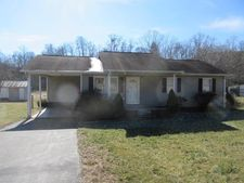 9585 W Highway 460, West Liberty, KY 41332
