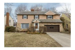 1469 Blackmore Rd, Cleveland Heights, OH 44118